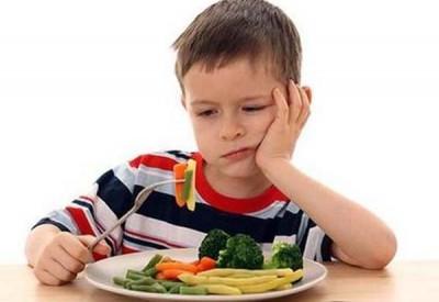 у дитини пропав апетит