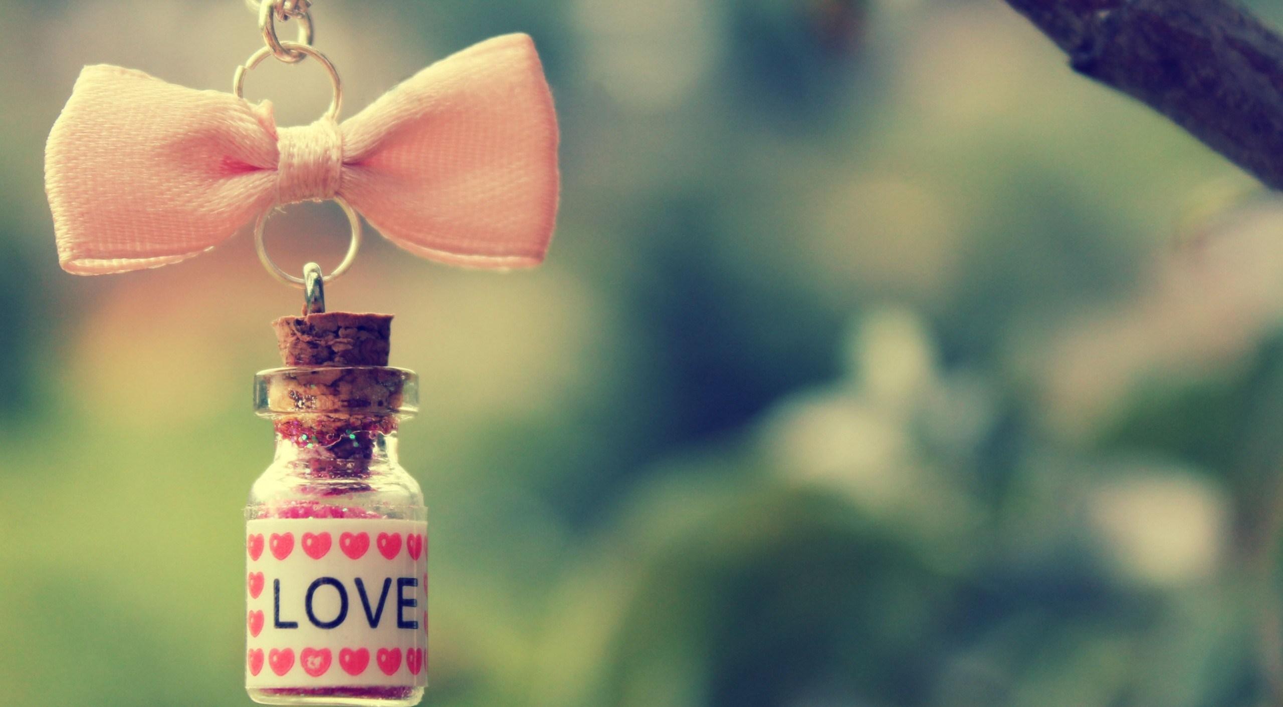 Як відрізнити кохання від захоплення і пристрасті?