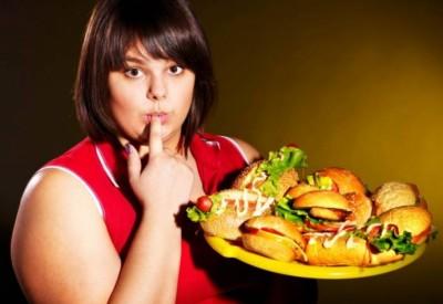 Чому жінки набирають вагу