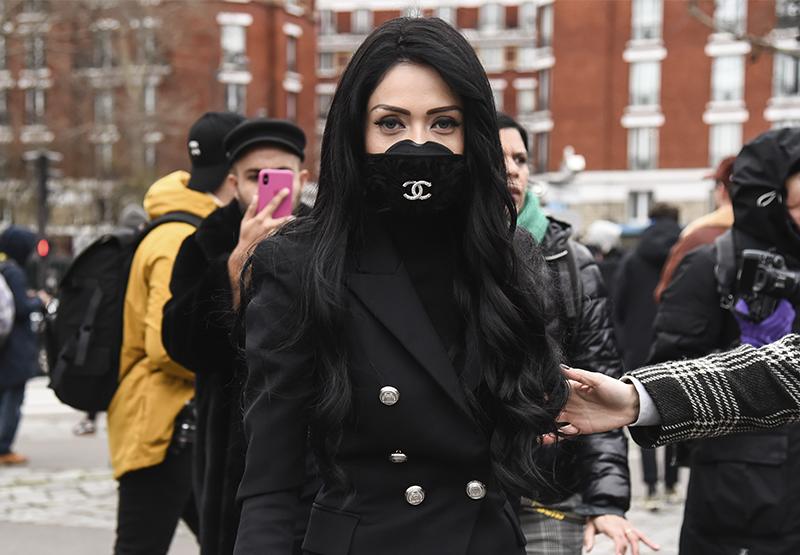 Какие защитные маски в моде